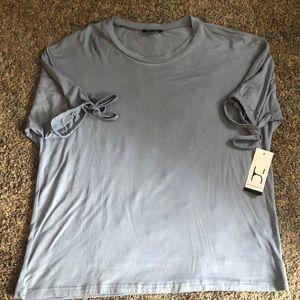 NWT Hannah Lt Blue Tie Sleeve Shirt Med